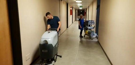 Nettoyage d'école